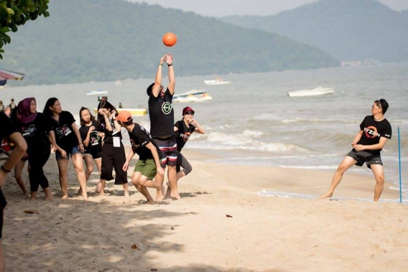 Dodge Ball Batu Ferringhi Beach Team Building